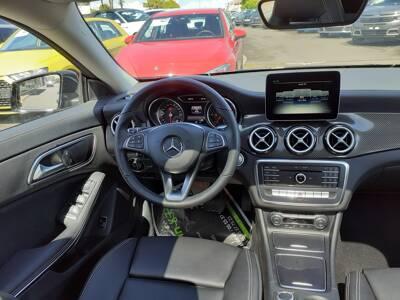 Voir la photo n°5 de la voiture d'occasion MERCEDES CLASSE CLA SHOOTING BRAKE — 200 d 7G-DCT Starlight Edition