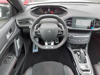 Voir la photo n°5 de la voiture 0KM PEUGEOT 308 — BlueHDi 130ch S&S EAT8 GT Pack
