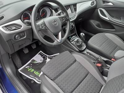Voir la photo n°4 de la voiture d'occasion OPEL ASTRA SPORTS TOURER — 1.2 Turbo 110 ch BVM6 Edition Business