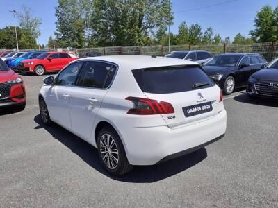 Voir la photo n°2 de la voiture 0KM PEUGEOT 308 — PureTech 130ch S&S BVM6 Allure Pack