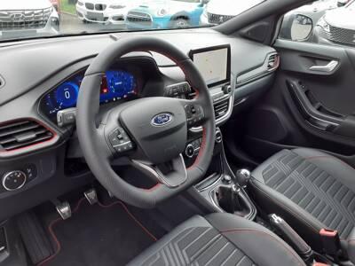 Voir la photo n°4 de la voiture 0KM FORD PUMA — 1.0 EcoBoost 155 ch mHEV S&S BVM6 ST-Line X