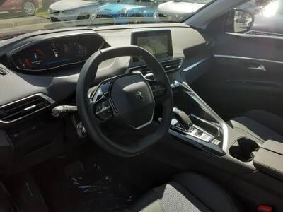 Voir la photo n°4 de la voiture 0KM PEUGEOT 3008 — BlueHDi 130ch S&S EAT8 Allure