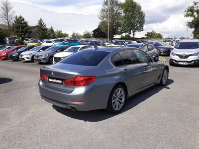Voir la photo n°3 de la voiture d'occasion BMW SERIE 5 G30 — 520d 190 ch BVA8 Sport