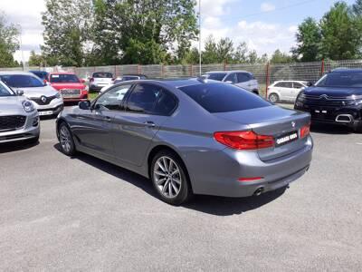 Voir la photo n°2 de la voiture d'occasion BMW SERIE 5 G30 — 520d 190 ch BVA8 Sport